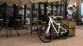 Street White Cafe